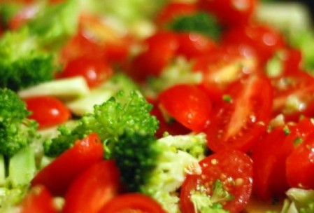 combinatie alimente, beneficii broccoli, rosii