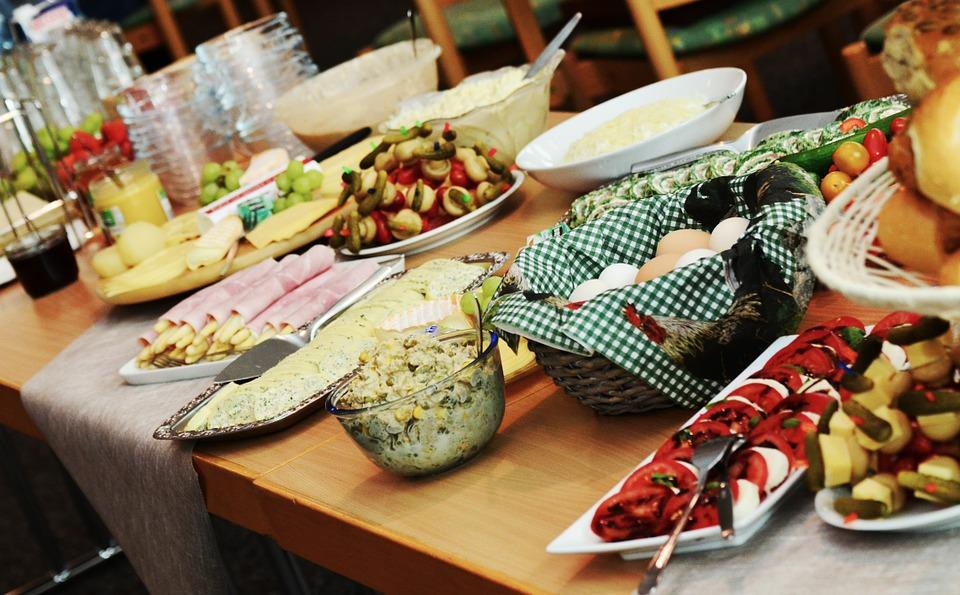 buffet-974742_960_720