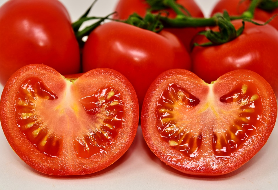 tomatoes-3170812_960_720